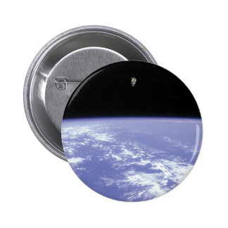Vuelo libre de McCandless del astronauta con Pin