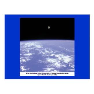 Vuelo libre de McCandless del astronauta con Tarjetas Postales
