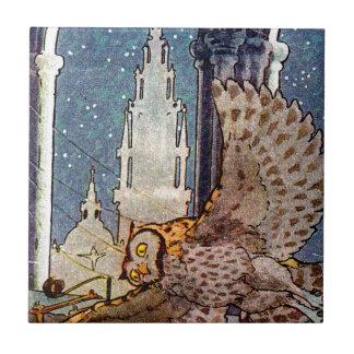 vuelo soñador del búho en la noche azulejo cuadrado pequeño