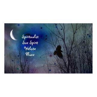 Vuelo surrealista del cuervo tarjetas de visita
