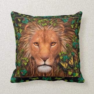 Vuelta del rey Designer Pillow Cojín