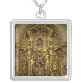 Vuelva a presentar de la capilla del sacramento colgante cuadrado