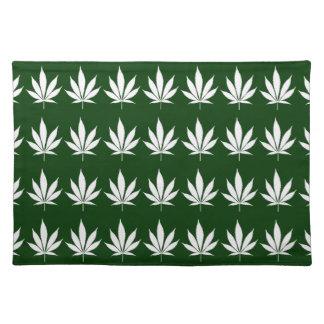 W04 Pot Leaf Placemat