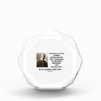 W.E.B. Du Bois Believe en progreso de la vida
