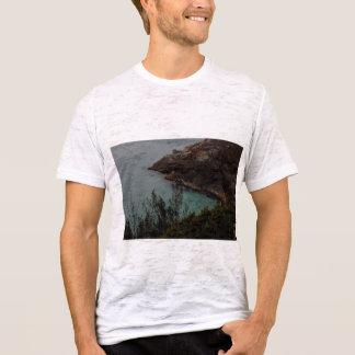 . W i l d   I n s t i n c t s. T-Shirt