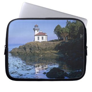 WA, San Juan Island, Lime Kiln lighthouse Laptop Sleeve