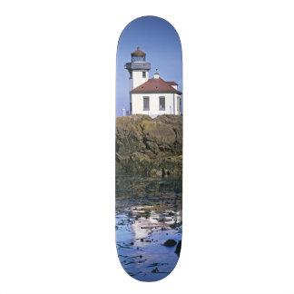 WA, San Juan Island, Lime Kiln lighthouse Skateboard