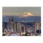 WA, Seattle, el Monte Rainier del parque de Kerry Tarjeta Postal