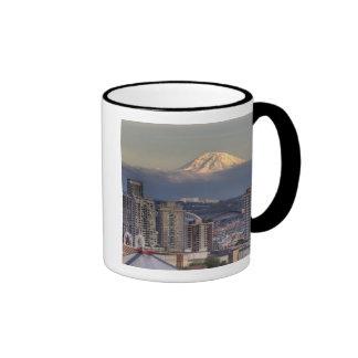 WA, Seattle, Mount Rainier from Kerry Park Mugs