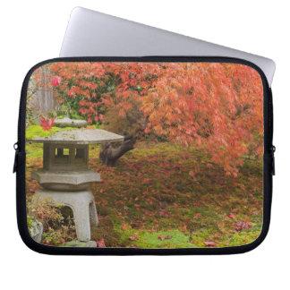 WA, Seattle, Washington Park Arboretum, Japanese 2 Computer Sleeve