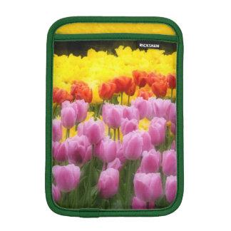WA, Skagit Valley, Roozengaarde Tulip Garden, 2 iPad Mini Sleeve