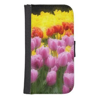 WA, Skagit Valley, Roozengaarde Tulip Garden, 2 Phone Wallet