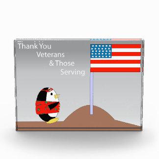 Waddles a los veteranos de las gracias del