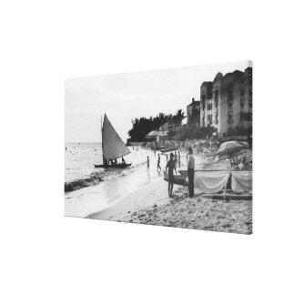 Waikiki Beach and Boats Honolulu Canvas Print
