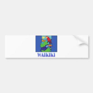 WAIKIKI del Macaw, del loro, de la mariposa y de l Etiqueta De Parachoque