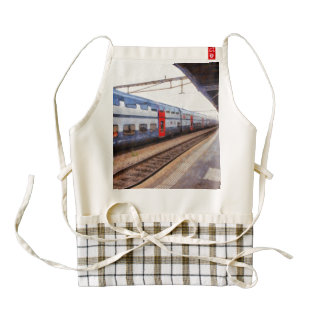 Waiting for the train on a Swiss station Zazzle HEART Apron