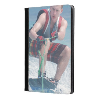 Wakeboard Crouch