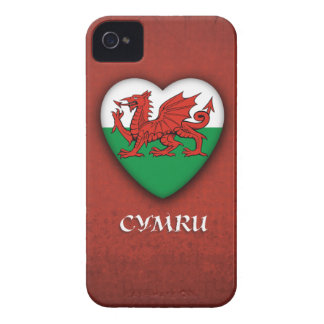Wales Heart Flag on Red Grunge background Case-Mate iPhone 4 Case