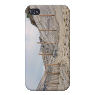 Walk to the Beach 4  iPhone 4 Covers
