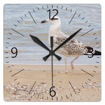 Walking gull square wall clock