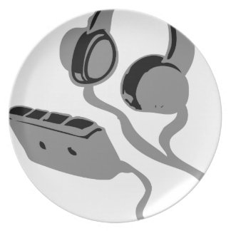 WALKMAN AND HEAD PHONES PARTY PLATES