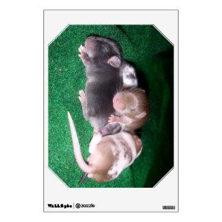 Wall Decal: 4 baby mice (horizontal emerald) Wall Sticker