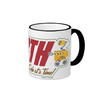 """WALL-E """"que limpia la TIERRA un cubo a la vez """" Taza De Dos Colores"""