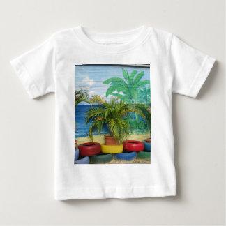 """Wall of Colors """"St. Maarten"""" T-shirt"""