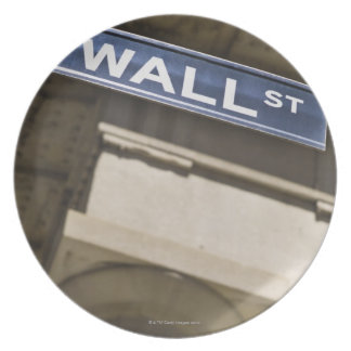 Wall Street Party Plate