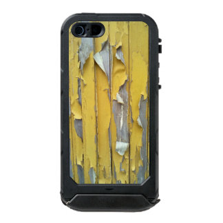 wall yellow flaking paint incipio ATLAS ID™ iPhone 5 case