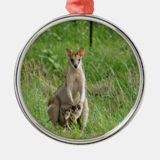 WALLABY AND JOEY RURAL QUEENSLAND AUSTRALIA ROUND METAL CHRISTMAS ORNAMENT