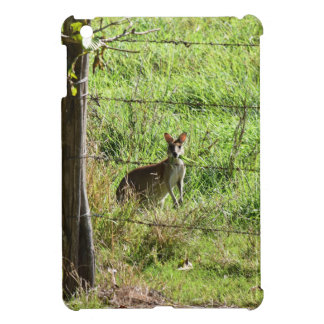 WALLABY EATING GRASS RURAL AUSTRALIA CASE FOR THE iPad MINI