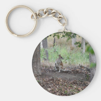 WALLABY & JOEY RURAL QUEENSLAND AUSTRALIA KEYCHAIN