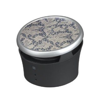 Wallflower' design bluetooth speaker