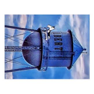Wallydog en una torre de agua postales