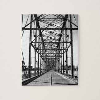 WALNUT STREET BRIDGE - CHATTANOOGA, TN JIGSAW PUZZLE