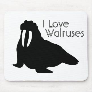 Walrus Love Mouse Pad