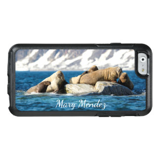 Walruses off the coast of Phippsøya, Norway OtterBox iPhone 6/6s Case