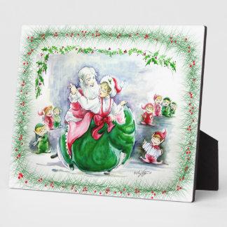 Waltzing Santa & Mrs. Claus Plaque