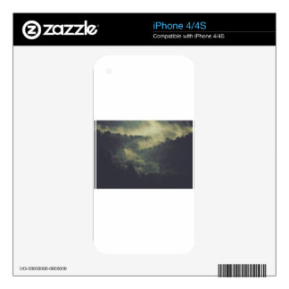 Wander Skins For The iPhone 4