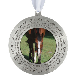 Wandering American Quarter Horse Round Pewter Ornament