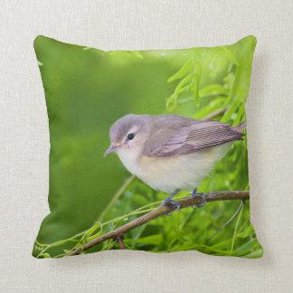 Warbling Vireo (Vireo Gilvus) Foraging Throw Pillow