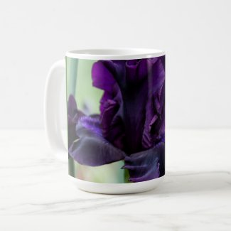 Warm your hand on a cold day on this lovely mug. coffee mug