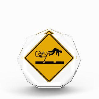 Warning MAX Tracks, Traffic Warning Sign, USA Award
