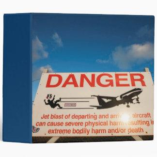 Warning sign near St. Maarten Airport, Binder