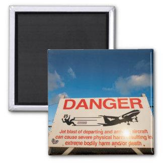 Warning sign near St. Maarten Airport, Magnet