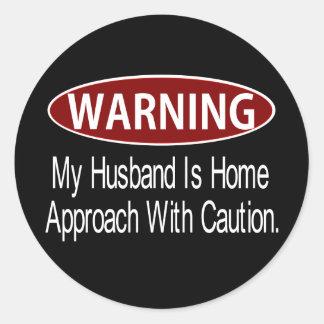 Warninghusbandwhite Classic Round Sticker