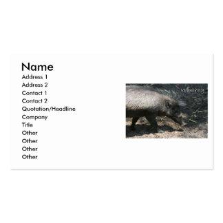Warthog que camina por el palmetto plantillas de tarjetas de visita