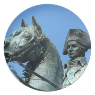 Washington, DC, statue of General George Party Plate