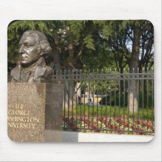 Washington, DC, statue of George Washington, The Mouse Pad